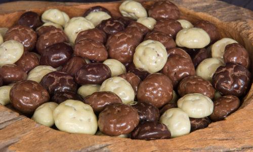 Biologische kruidnoten kruidnoot chocolade coating drageren