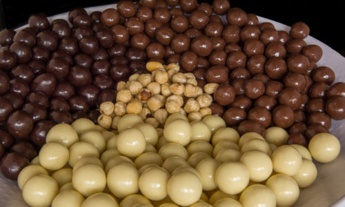 hazelnoot chocolade coating drageren