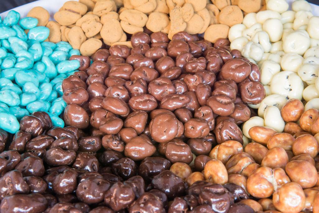 rozijnen chocolade coating drageren